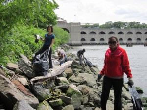 International Coastal Cleanup @ 70th St, 100th St, 148th St